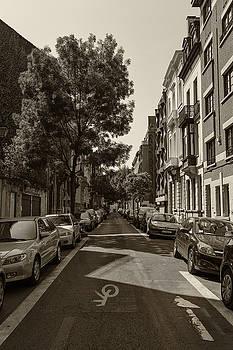 Georgia Fowler - A Belgian Street in Bruxelles