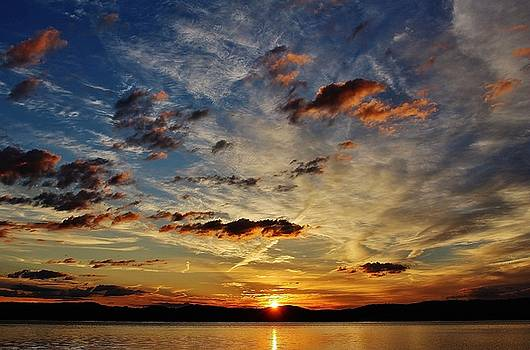 A Great Hudson Sunrise by Thomas McGuire