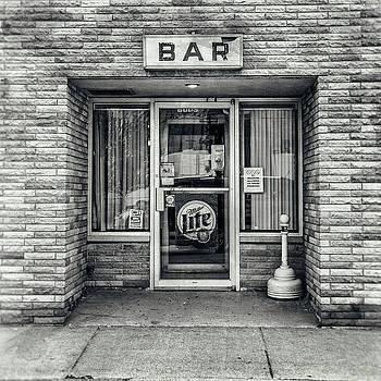 Cynthia Traun - A Gut Walks into a Bar