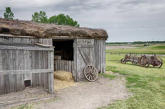 Susan Rissi Tregoning - A Hayroof Barn