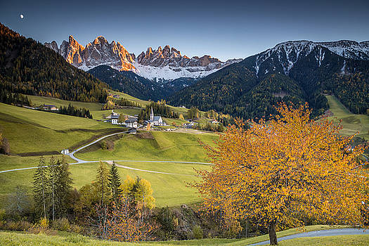 A night in dolomites by Stefano Termanini