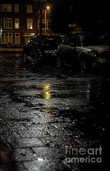 A rainy night by Patricia Hofmeester