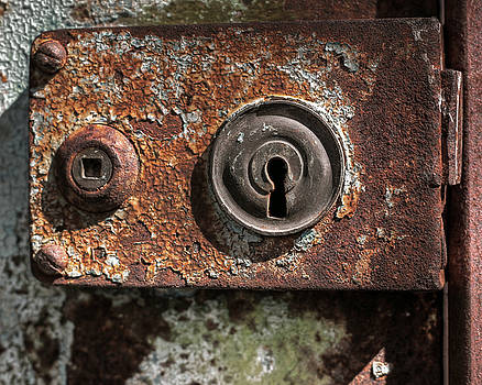 A Rusty Lock by Richard Hinds