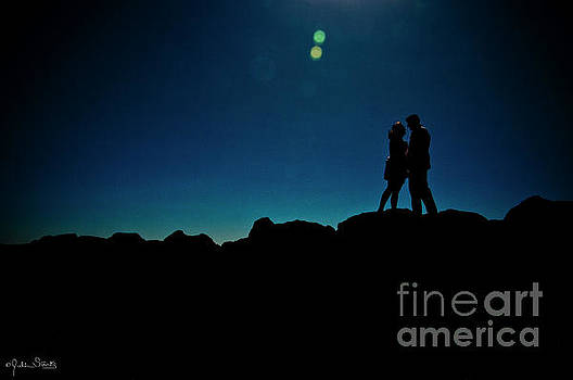 Julian Starks - A Silhouetted couple