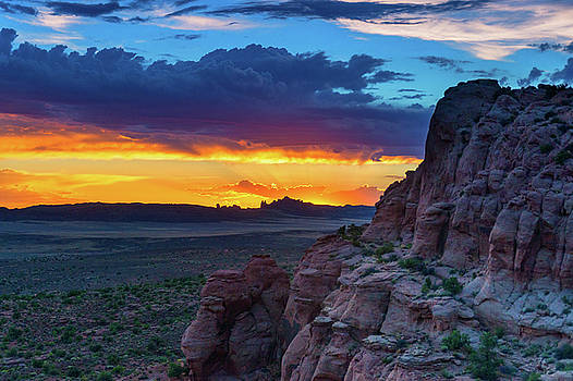 John De Bord - A Sunset In Arches National Park
