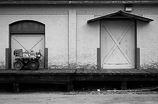 Robert Meyers-Lussier - A Tractor and a Door