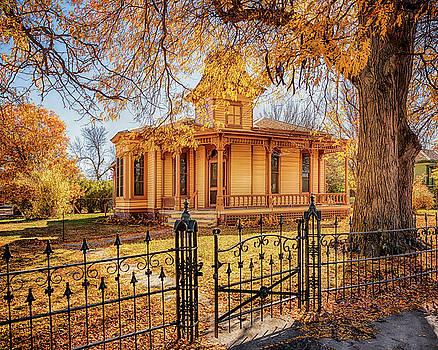 Susan Rissi Tregoning - A Victorian Autumn