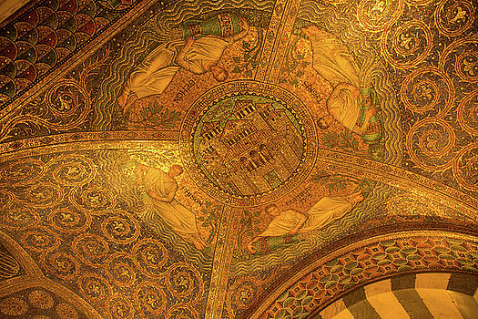 Aachen Cathedral by Ingrid Dendievel