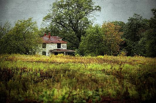 Abandoned Farmhouse by Scott Fracasso