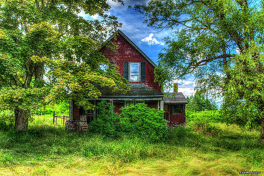 Abandoned Home in Lubec, Maine by Ken Morris
