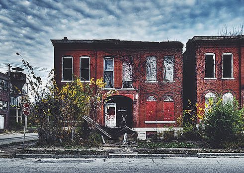 Abandoned House in Old North Saint Louis City by Dylan Murphy