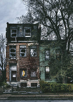 Abandoned Houses in Old North Saint Louis City by Dylan Murphy