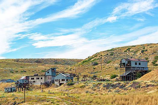 Abandoned Mine near Red Lodge, Montana by Jess Kraft
