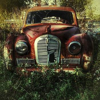 #abandoned #oldcar #newyork by Visions Photography by LisaMarie