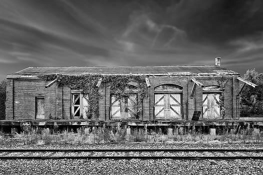 Abandoned Train Freight Station  -  12stationbwvig2345 by Frank J Benz