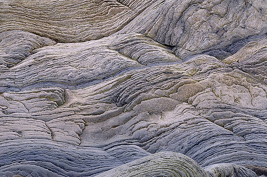 Reimar Gaertner - Abstract pattern of wavy sedimentary layers of stone at the Bay