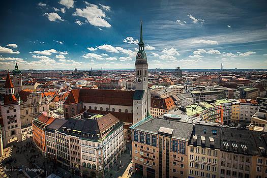 Across Munich History by Ross Henton