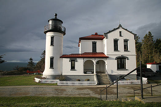 Admiralty Head Lighthouse LI2023-1 by Mary Gaines