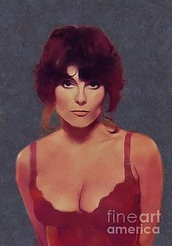 Mary Bassett - Adrienne Barbeau, Movie Legend