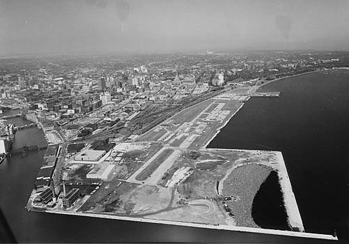 Chicago and North Western Historical Society - Aerial Shot of Milwaukee Wisconsin Shoreline - 1961