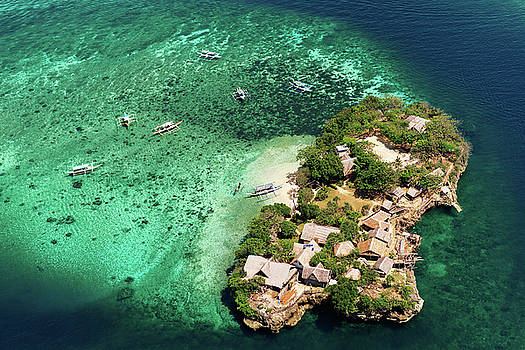 Aerial view of beach in Phillipines by Elena Riim
