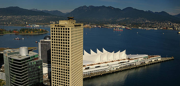 Reimar Gaertner - Aerial view of Burrard Inlet with North and West Vancouver coast
