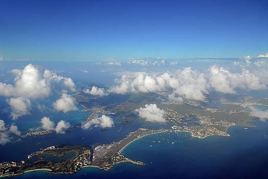 Reimar Gaertner - Aerial view of Caribbean island of St Maarten