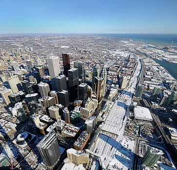 Reimar Gaertner - Aerial view of downtown highrises and Toronto East in winter