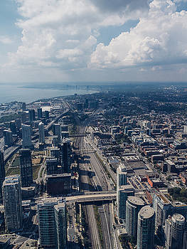 Aerial view of Toronto by Thomas Richter