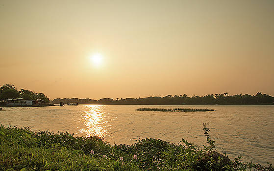 Afternoon Huong River by Tran Minh Quan