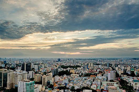 Afternoon Saigon by Tran Minh Quan