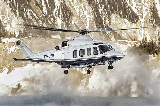 Agusta A139 land at Courchevel Altiport by Roberto Chiartano