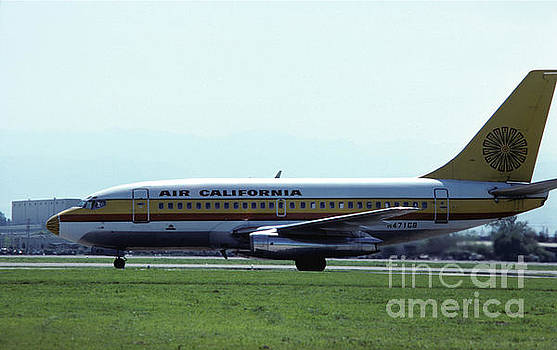 Air California 737 at San Jose by James B Toy
