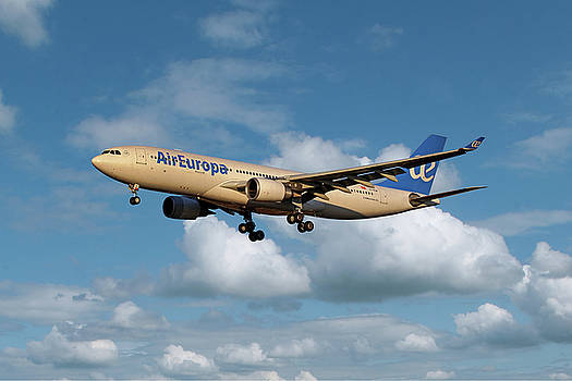 Air Europa Airbus A330-202 by Nichola Denny