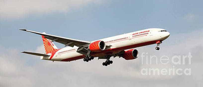 Air India Boeing 777 Landing at London, England by Colin Cuthbert