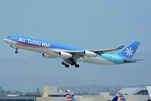 Air Tahiti Nui Airbus A340-313X F-OSEA Los Angeles International Airport May 3 2016 by Brian Lockett