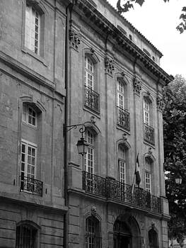 Aix-en-Provence by Noelle  Kimberley