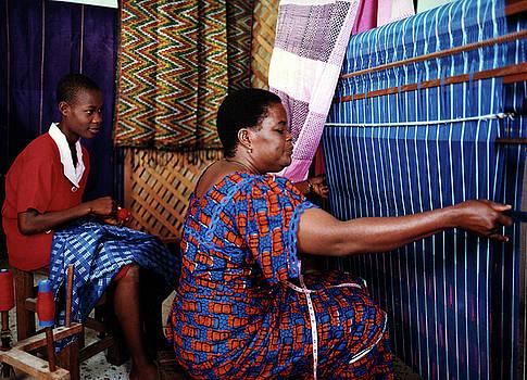 Akwete weaving by Muyiwa OSIFUYE