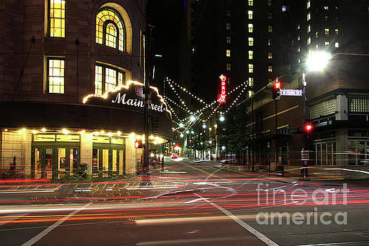 Gary Gingrich Galleries - Alamo Draft House-0400