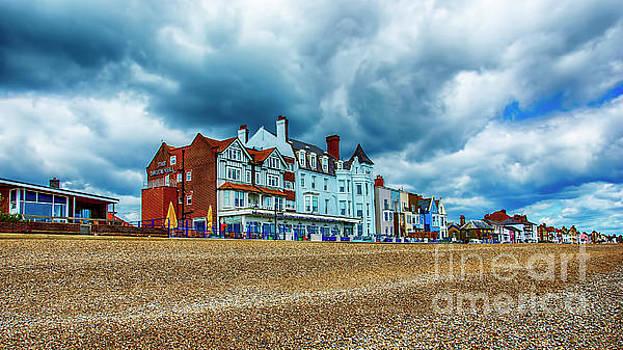 Aldeburgh Suffolk by Chris Thaxter