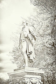Regina Geoghan - Alexander Hamilton Statue Great Falls NJ