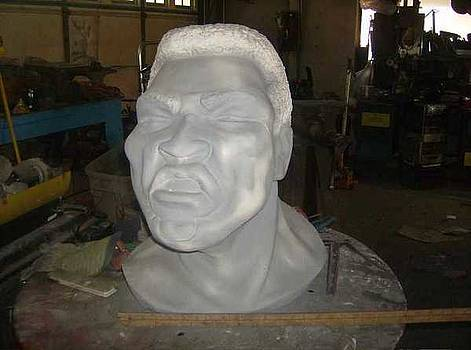 Ali bust by Don Thibodeaux