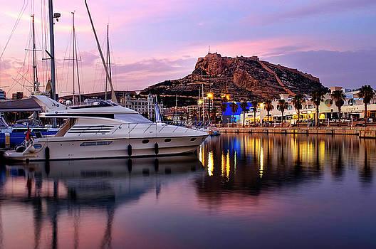 Alicante by Fabrizio Troiani