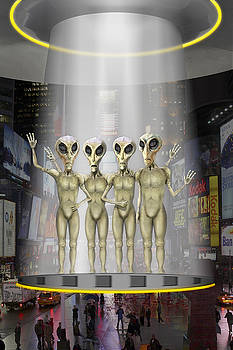 Mike McGlothlen - Alien Vacation - Beamed Up from Time Square