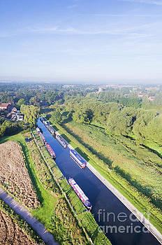 Alrewas canal by Steev Stamford