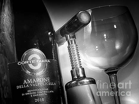 Amarone Black and white by Stefano Senise