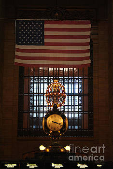 Jost Houk - American Flag of Grand Central