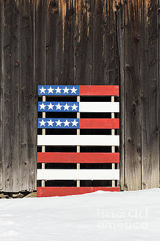 American Flag Painted on a Pallet by Edward Fielding
