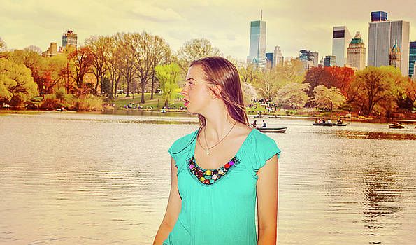 Alexander Image - American Teenage Girl Traveling in New York at Central Park