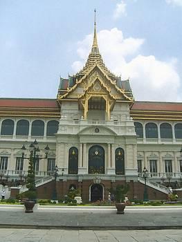 Amezing Thailand Royal Golden Temple by Subesh Gupta